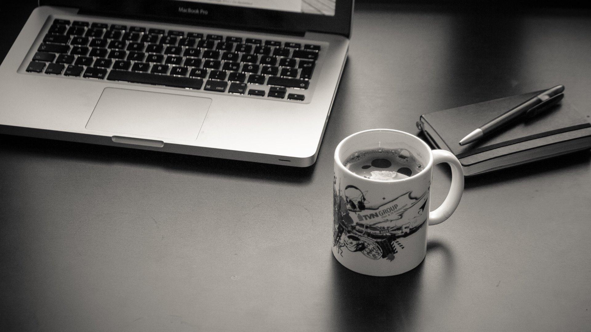 computer laptop coffee cup agenda hd wallpapers 4k