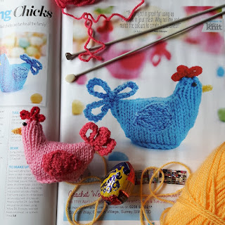 Easter chickens knitting pattern by Nicky Fijalkowska