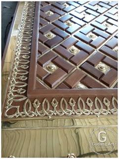 pengrajin pintu masjid Nabawi
