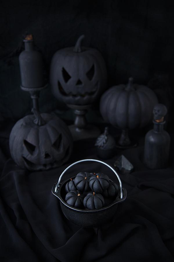 Mini Black Pumpkins