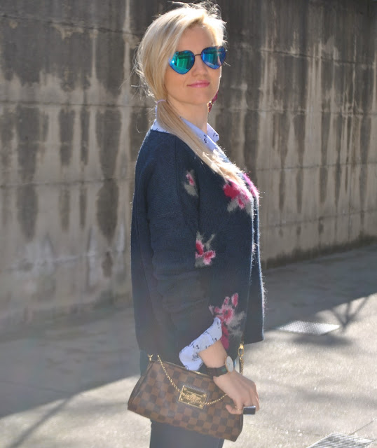 outfit blu blue outfit camicia azzurra come abbinare la camicia azzurra occhiali a specchio borsa louis vuitton orologio daniel wellington outfit primaverili spring outfit outfit marzo 2016 march outfit mariafelicia magno fashion blogger color block by felym fashion blogger italiane fashion blog italiani fashion blogger milano blogger italiane blogger italiane di moda blog di moda italiani ragazze bionde blonde hair blondie blonde girl fashion bloggers italy italian fashion bloggers influencer italiane italian influencer