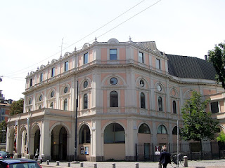 The Teatro del Verme in Milan, where Martinelli made his operatic debut in 1910