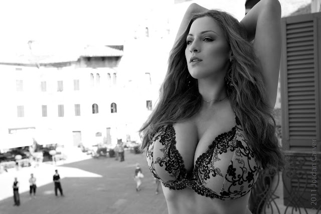 Jordan-Carver-PIAZZA-Photoshoot-hot-sexy-picture-2