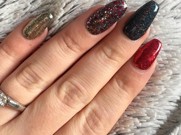 NOTD: Christmas Glitter Nails