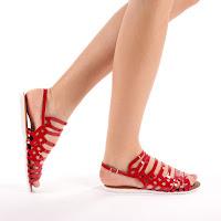 Sandale rosii ieftine de vara din piele lacuita