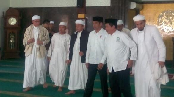Jokowi Bertemu Persaudaraan Alumni 212, Bahas Apa?
