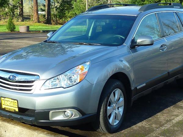 Tips for Choosing a Safe Family Car