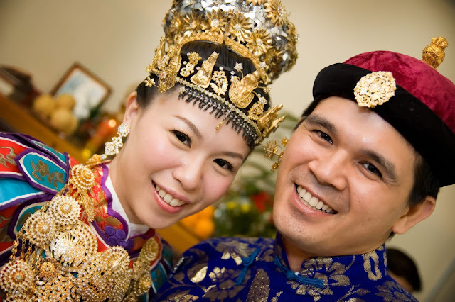 Peranakan bride and groom