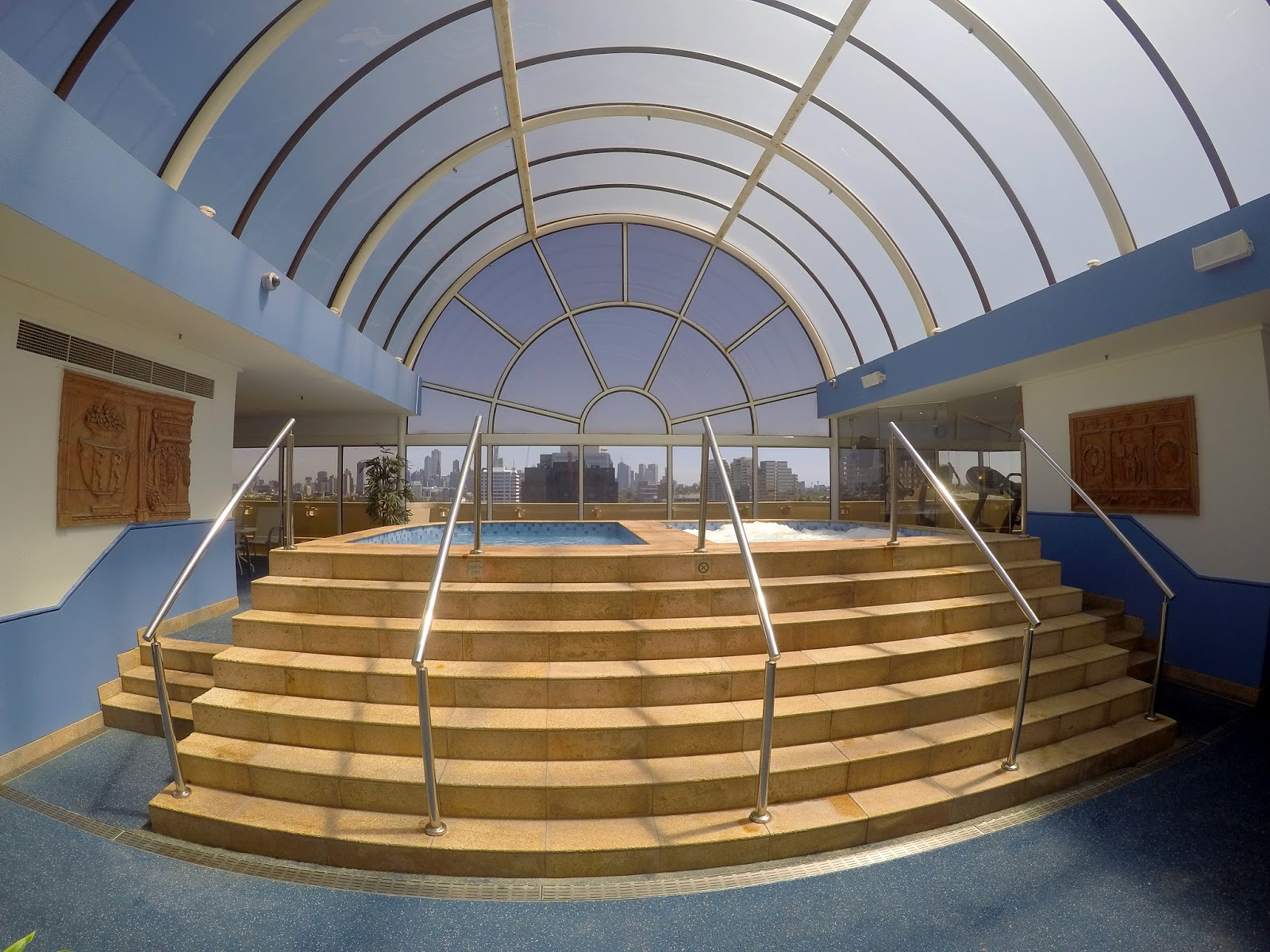 Melbourne Parkview Hotel Atrium