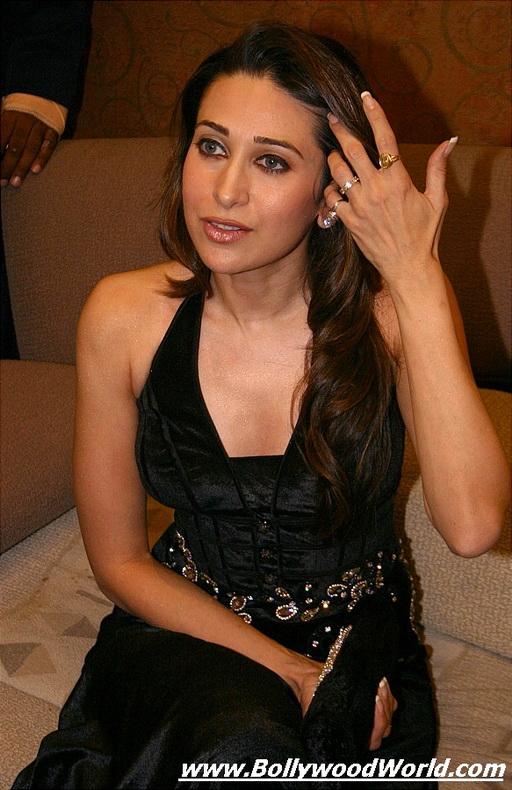 Karishma Kapoor Hot Photos Gallery  Bollywood Hot Celebrities-7307