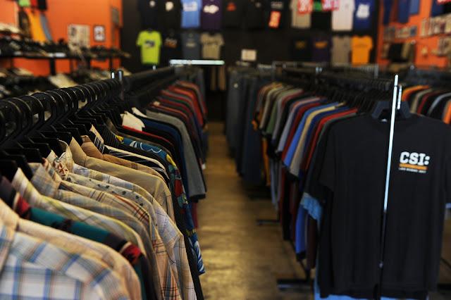 Bagaimana Buat Duit Dengan Bisnes Baju Bundle Di Pasar Malam