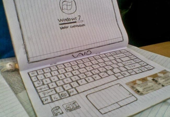 Laptop giấy - hình ảnh hài hước bá đạo về máy tính