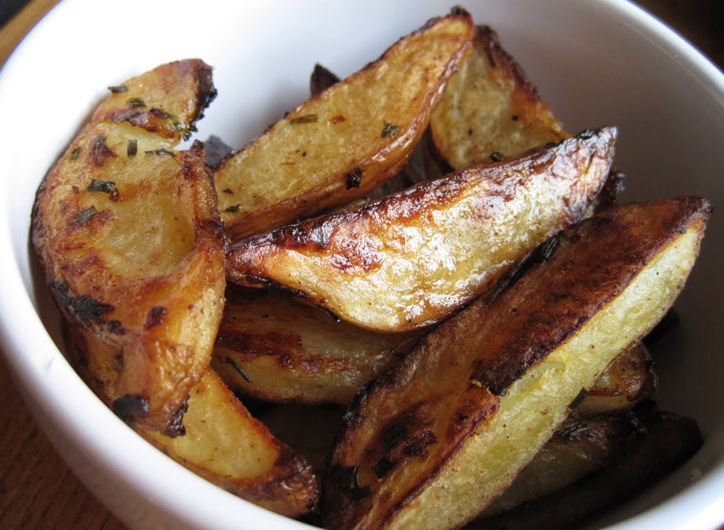 Cayenne and Chive Potato Wedges
