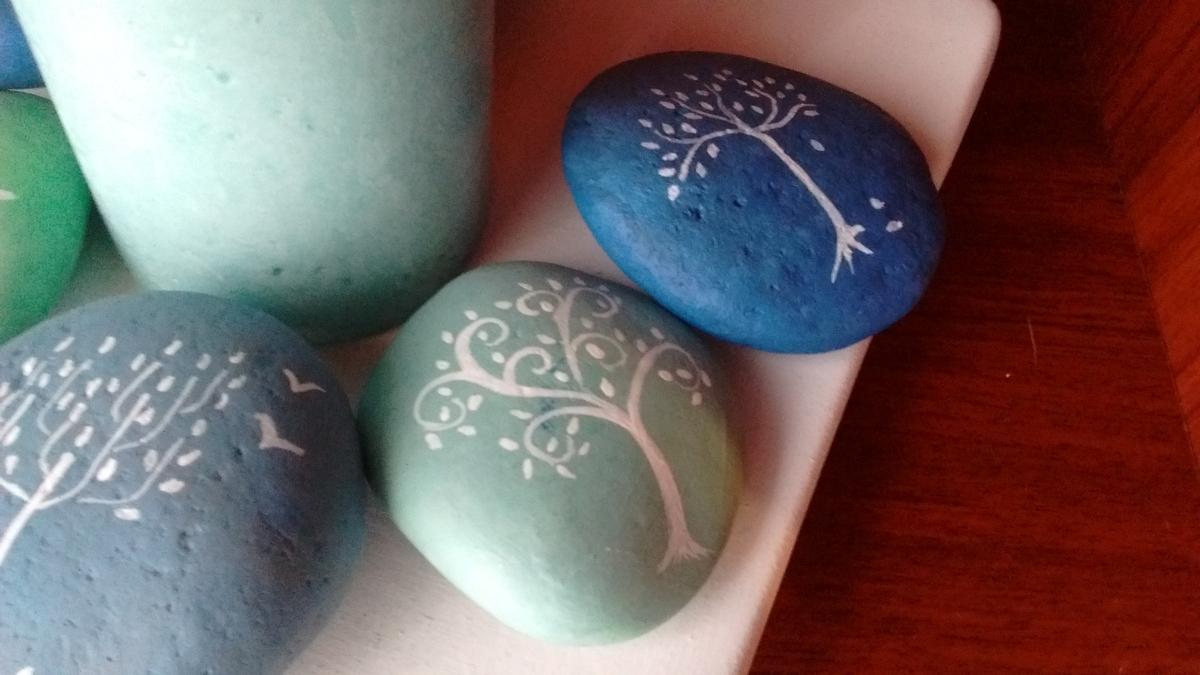 Tutorial de artesan as for Plantas decoradas con piedras