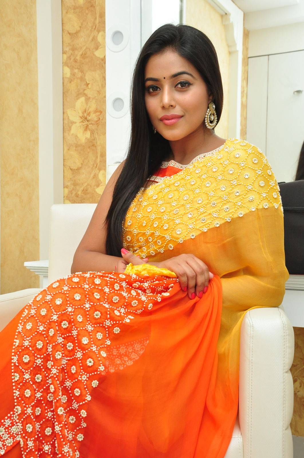 poorna gorgeous photos gallery-HQ-Photo-11