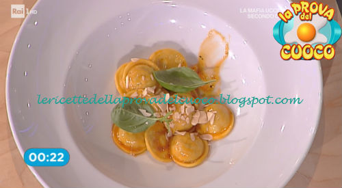 Prova del cuoco - Ingredienti e procedimento della ricetta Ravioli ripieni di pesto alla siciliana di Riccardo Facchini