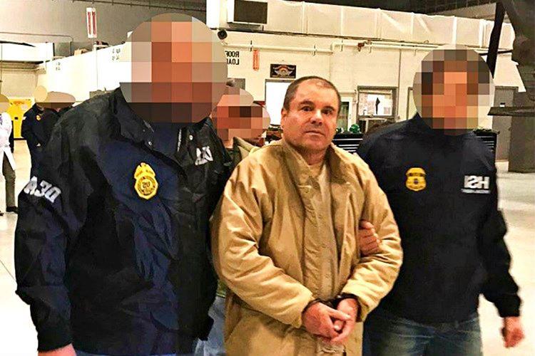 El Chapo Guzman yeniden firar etmemesi için tutuklanır tutuklanmaz ABD'deki özel güvenlikli bir hapishaneye aktarıldı.