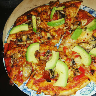 Chicken, Capsicum, Mushroom and Avacado Pizza