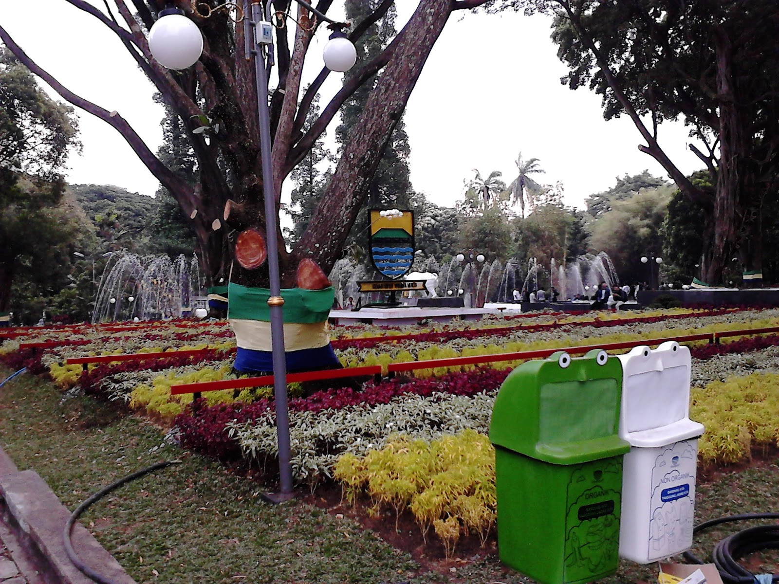 Taman Kota Bandung Tempatnya Warga Menghilangkan Penat Wisata