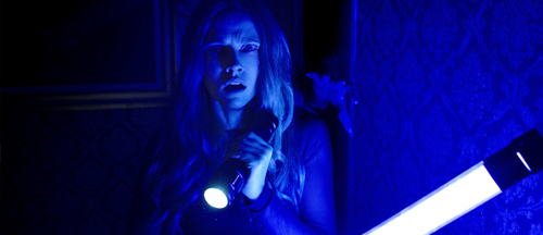 lights-out-movie-clips-horror-teresa-palmer