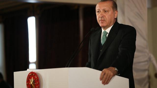 """Στις ΗΠΑ, με την ουρά στα σκέλια, ο Ερντογάν: Θα """"πουλήσει"""" ρωσοφοβία για ανταλλάγματα"""