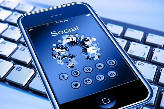 social media branding kaise kare, hot to do branding by social media, social media, social media marketing