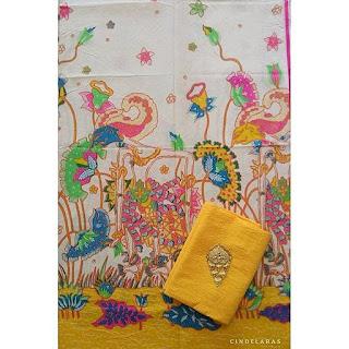 Kain Batik Wayang kuning mix embos