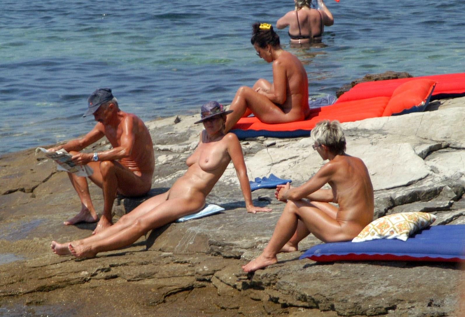 nudism and naturism