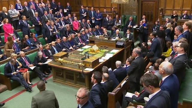 Se pide moción de censura contra Theresa May