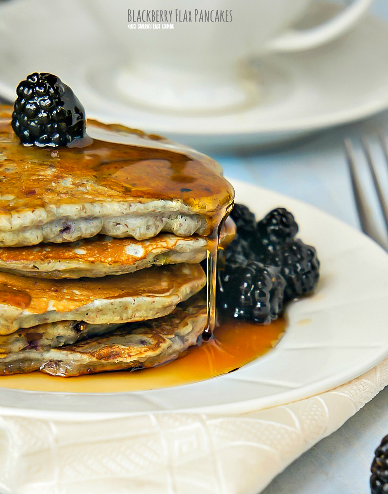 Homemade delicious recipe for Blackberry Flax seeds Pancakes