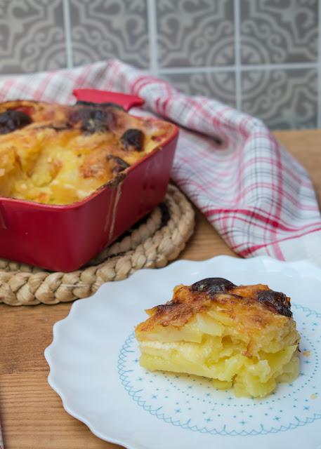 Patatas gratinadas con queso gruyer
