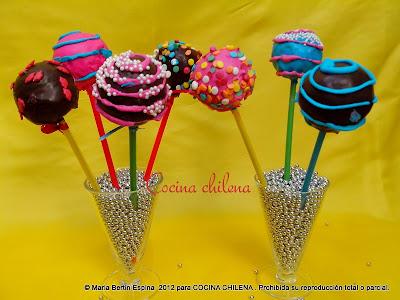 Cocina chilena pop cakes for Cobertura para cake pops