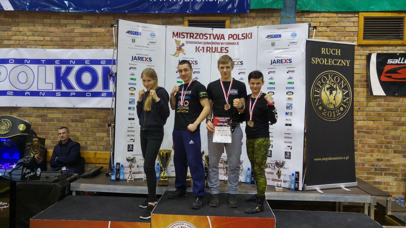 Złoto i 2 brązy na Mistrzostwach Polski K-1 Legnica