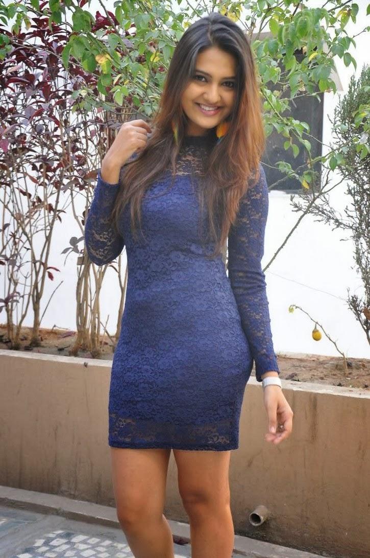Neha deshpande hot photos in short dress at dil deewana movie press meet