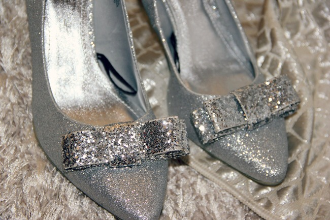 H&M silver glitter shoes with silver bow