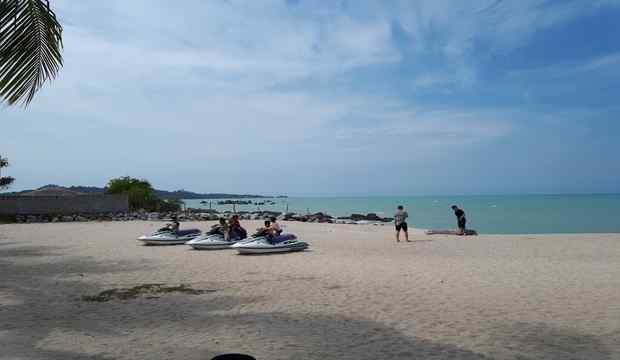 Enaknya Liburan Tahun Baru 2018 di Pulau Bangka