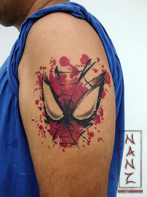 tatuadora Nancy Abraham