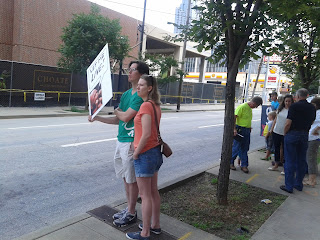 protest outside Planned Parenthood clinic in Atlanta , prolife rally
