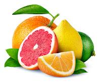 Portakal, greyfurt, sarı ve yeşil limondan oluşan narenciye meyveleri veya turunçgiller bir arada
