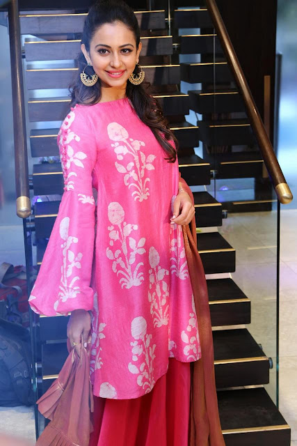 Rakul Preet Singh Pink Dress pics at Lakme Fashion Week
