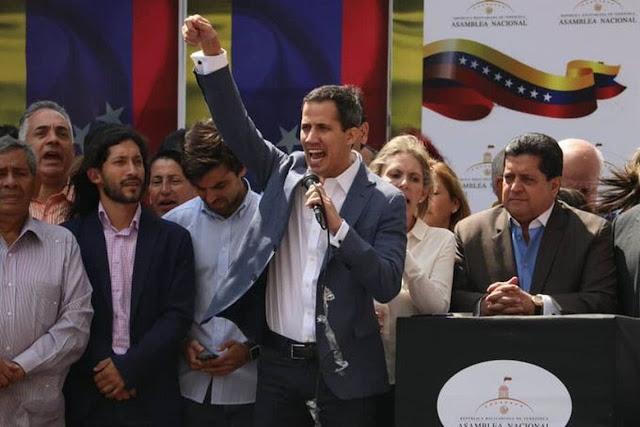 Guaidó vai à fronteira com a Colômbia garantir entrada de ajuda