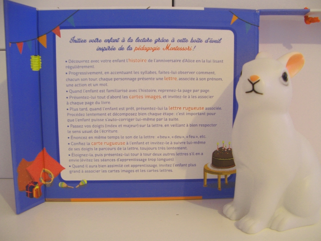 http://jarrete-demain.blogspot.com/2017/03/mes-lettres-toucher-montessori.html