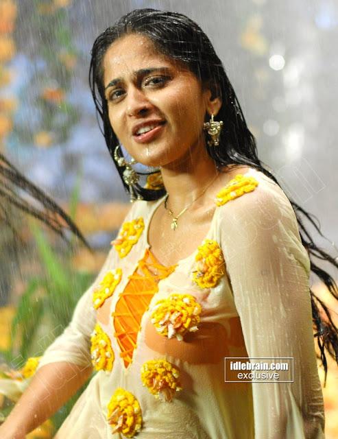 Anushka Shetty Rain Dance In Wet Clothes Lovely -8338