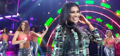 Pocah cantou seu hit Não Sou Obrigada, mas teve a letra alterada e gerou revolta nos fãs da funkeira