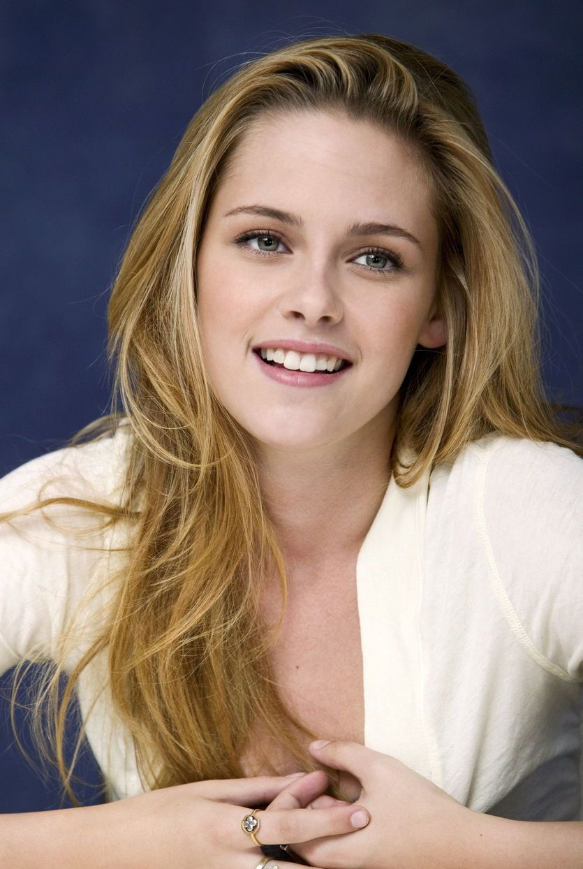Kristen Stewart Hair Color
