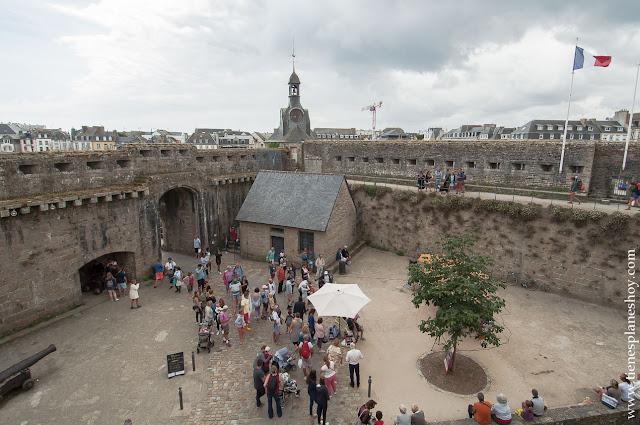 Concarneau ciudadela medieval Bretaña turismo