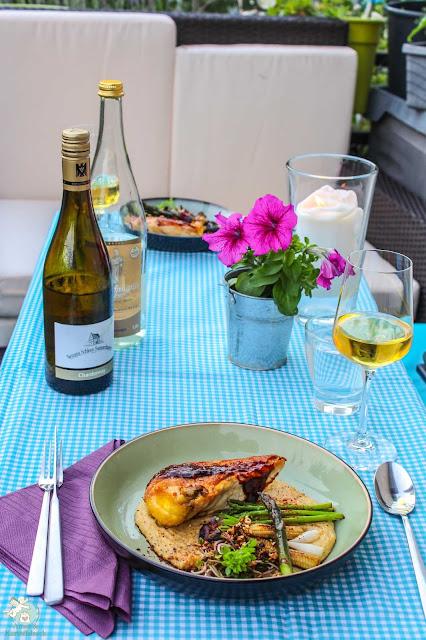Kochen für Sommerurlaub auf dem Balkon QFSP