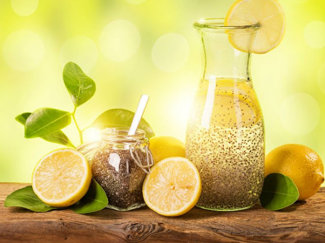 la bomba limón con agua de chia