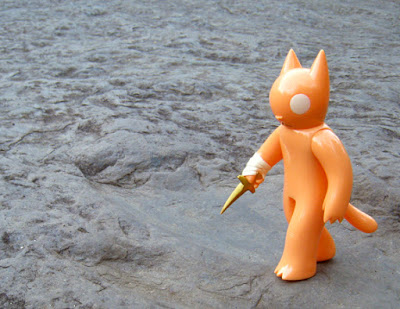 Summertime Cat with Dagger Vinyl Figure by Deth P Sun & FOE Gallery