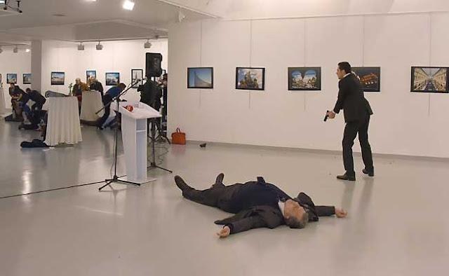 """Η δολοφονία του ρώσου πρέσβη """"δώρο"""" στον Ερντογάν"""